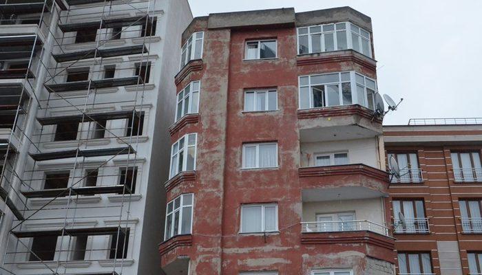 Bağcılar'da göreni şaşkına çeviren bina