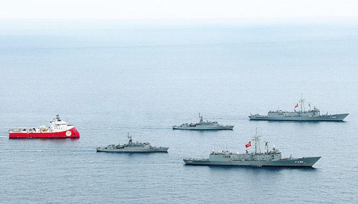 'Barbaros' savaş gemileri korumasında ilerliyor! 9. parsel tamamen tarandı
