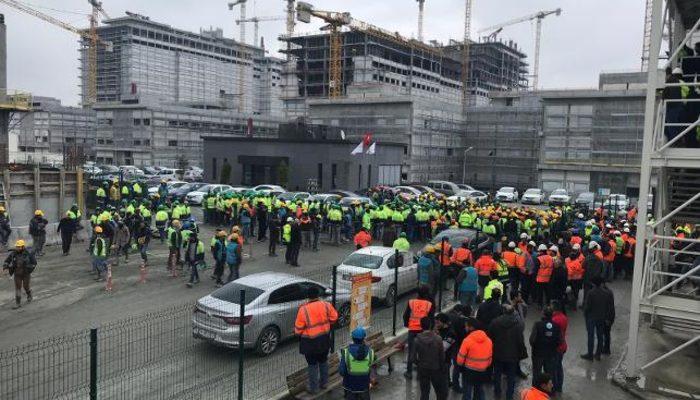Başakşehir Şehir Hastanesi inşaatında eylem! Binlerce işçi yemekhane koşullarına tepki gösterdi