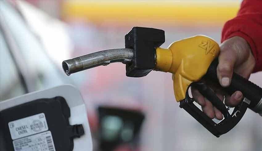 Benzinin ve motorinin fiyatı bir buçuk ayda 60 kez değişti