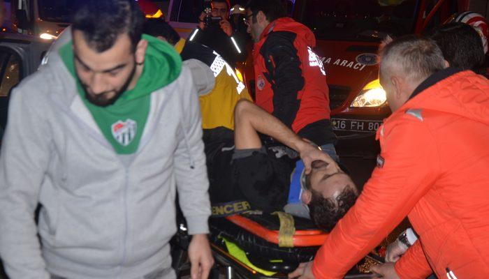 Bursa'da feci kaza! Dakikalarca sıkıştığı araçtan kurtarılmayı bekledi!