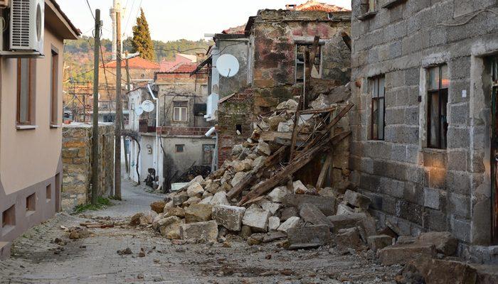 Çanakkale Ayvacık'taki depremde kaç konut hasar gördü? Bakan Kurum açıkladı