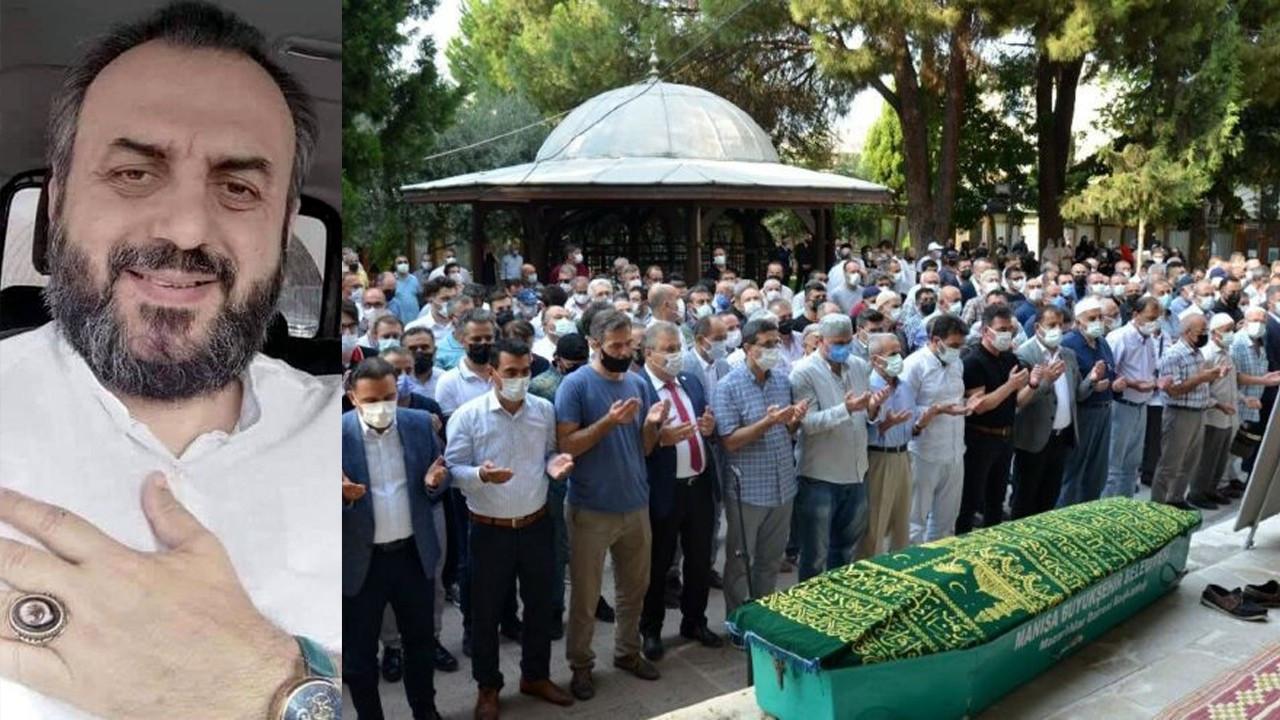 Corona virüs nedeniyle vefat eden doktor toprağa verildi
