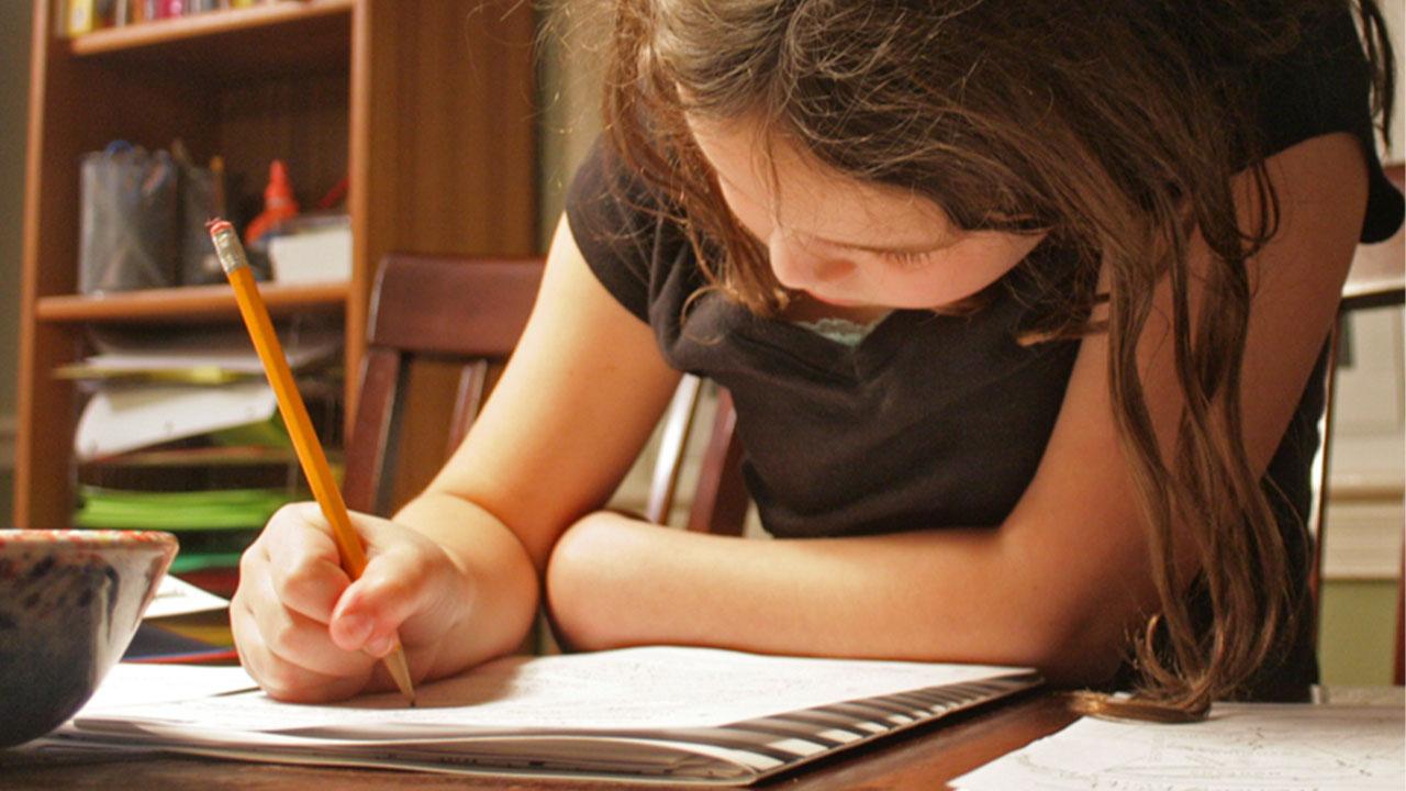 Ders çalışma alışkanlığını geliştiren uygulamalar Moralsizlik, ders çalışma alışkanlığını olumsuz etkiliyor. Tamamen olmasa da, bir şekilde derslerinize...