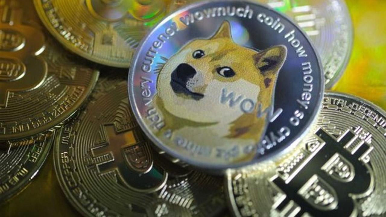 Dogecoin ilk kez bu kadar yükseldi: İşte yeni değeri Popüler alt coinler'den olan kripto para birimi, yakaladığı ivme ile birlikte haftanın ikinci gününde...