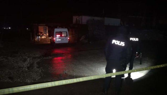 Edirne'de spiralle açılmak istenen çelik kasadaki fünyeler patladı, 3 kişi ağır yaralandı