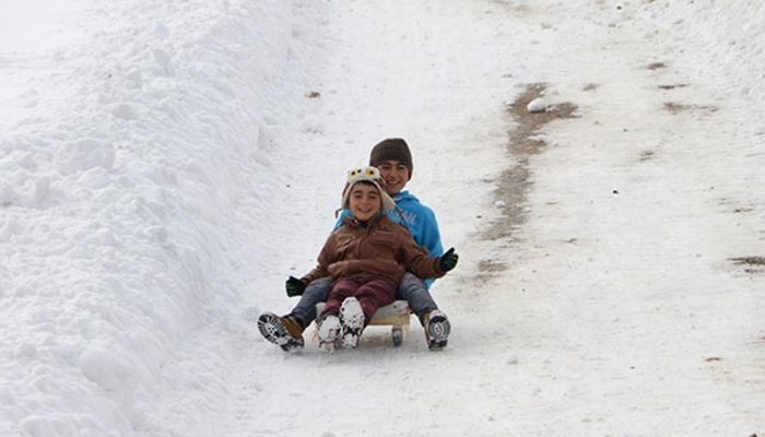 Eğitime kar engeli! Yarın bu illerde okullar tatil!