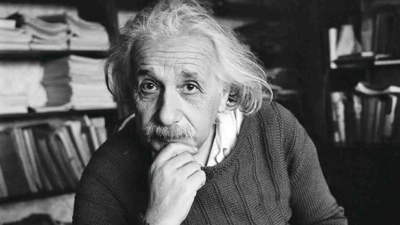 Einstein'ın el yazısı 3 milyon Euro'ya açık artırmaya çıkarılacak