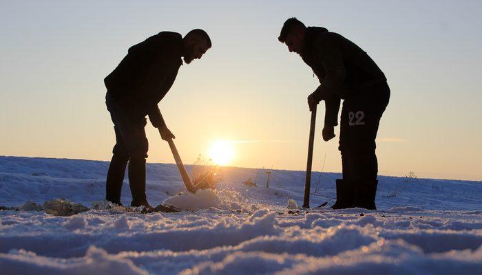 Eksi 20 derecede Eskimo usulü balık avı