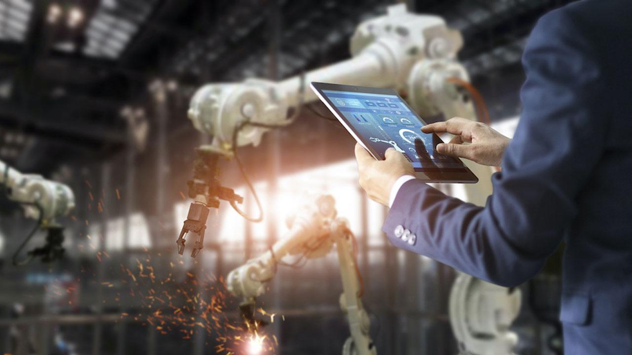 Endüstri 4.0 nedir? Ne anlama gelir? Dördüncü Sanayi Devrimi olarak da bilinen Endüstri 4.0, fabrikalar ile üretim süreçlerinde insan faktörünü...