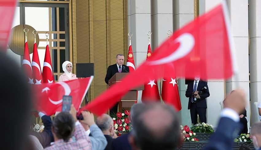 Erdoğan: O gece darbeciler, karşımıza dikilselerdi, şehadete yürümek için bir an bile tereddüt etmezdim