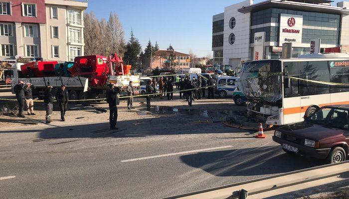 Eskişehir'de halk otobüsü ile TIR çarpıştı! Ölü ve yaralılar var