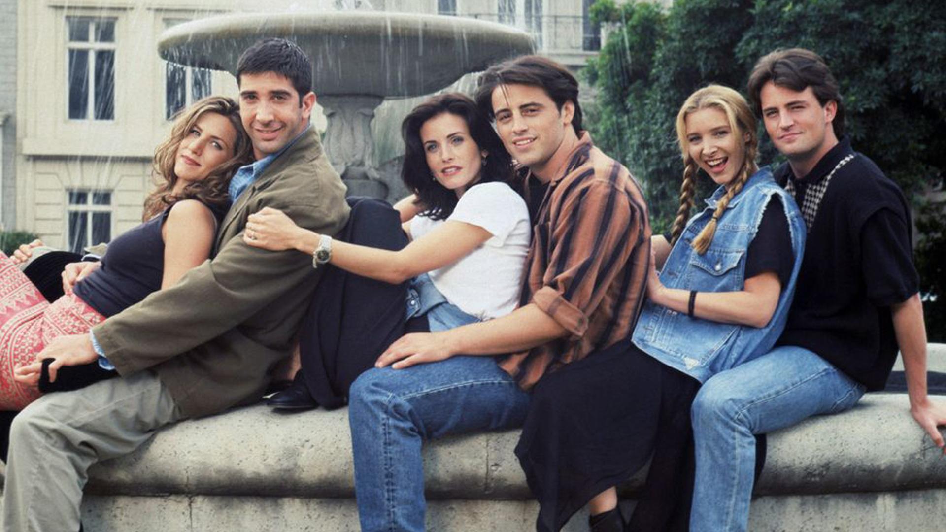 Friends özel bölümünün yayın tarihi belli oldu Friends Reunion için yayın tarihi açılandı. Friends dizisinin özel bölümü olan Reunion kısa süre sonra...