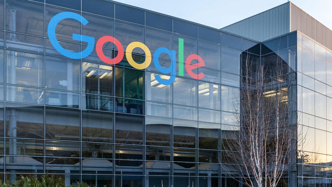 Google yeni çalışma stratejisini hayata geçiriyor Koronavirüs salgını nedeniyle uzaktan çalışma modeline geçen Google, hayat normale döndüğünde nasıl ...
