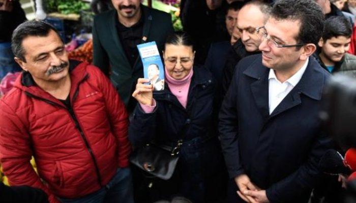 İmamoğlu'na Erdoğan'ın fotoğrafının bulunduğu broşürü gösterdi