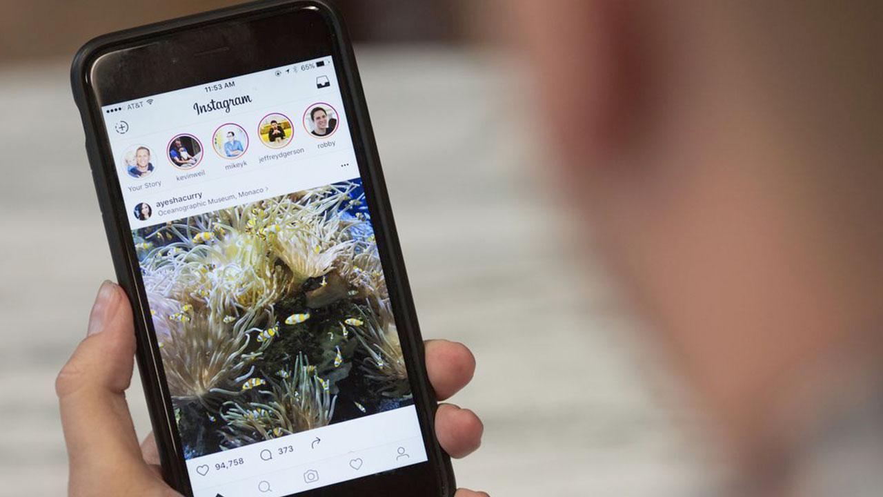 Instagram silinen hikayeler için özür diledi Instagram Başkanı Adam Mosseri, Perşembe gününden beri silinen hikayelerle ilgili açıklama yaptı. Mosseri...
