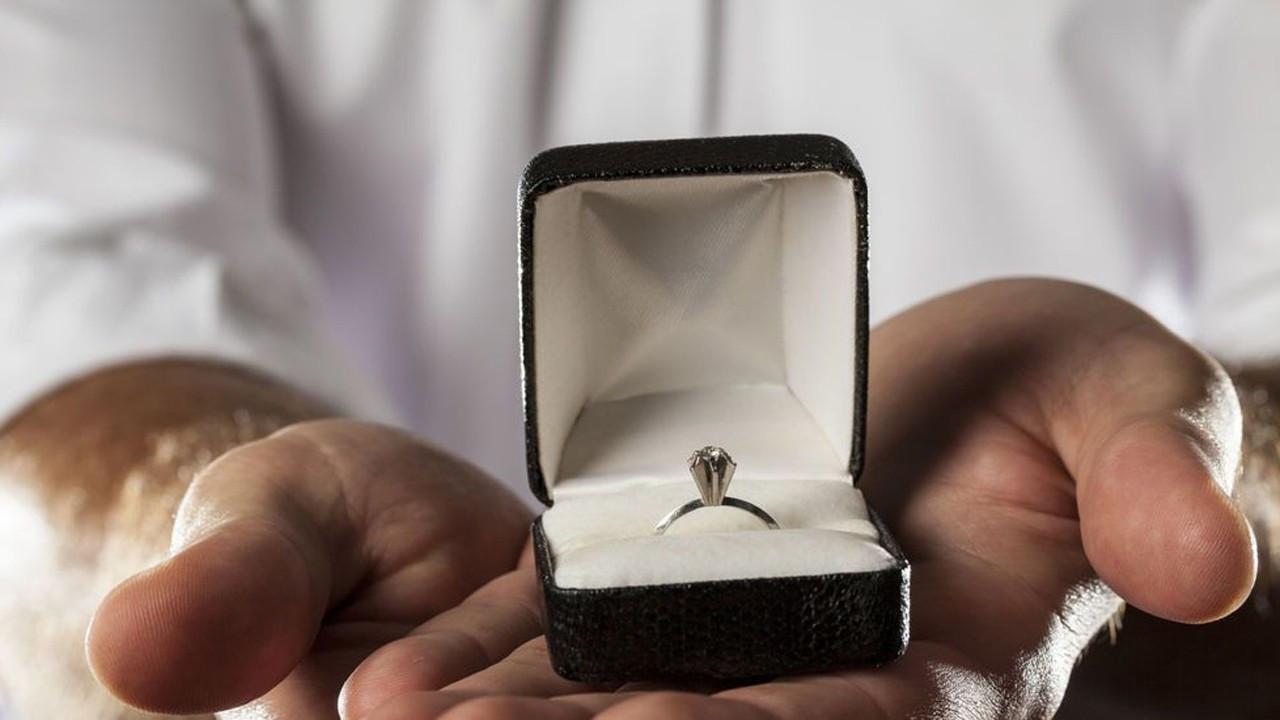 Israrlı evlilik teklifi cinsel taciz sayıldı