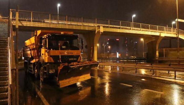 İstanbul'da beklenen kar yağışı için hazırlıklar tamam