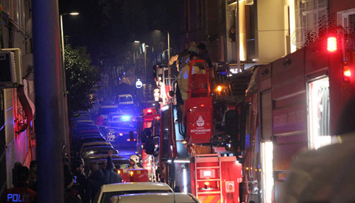 İstanbul'da can pazarı! İtfaiye ekipleri seferber oldu!