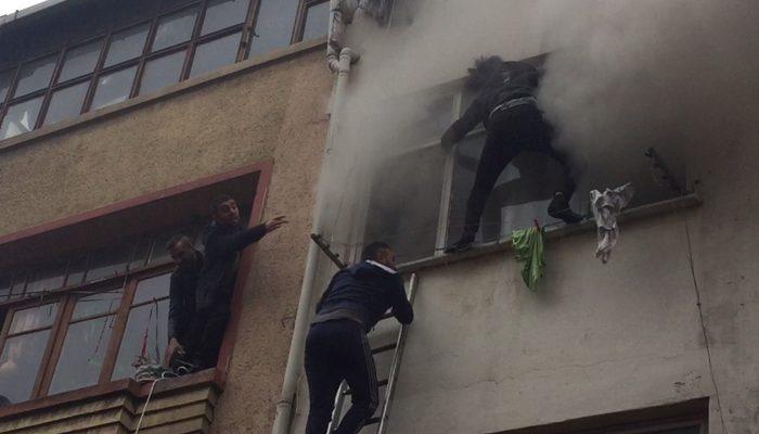 İstanbul Fatih'te can pazarı! Yangına ait görüntüler az önce geldi...