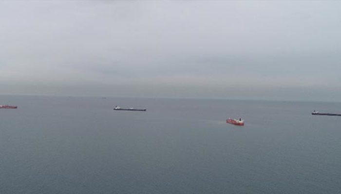 İstanbul ve Çanakkale Boğazı'nda tanker kuyruğu