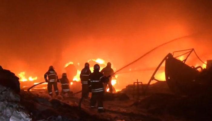 İzmir'de korkutan yangın! Bir anda alevler içinde kaldı