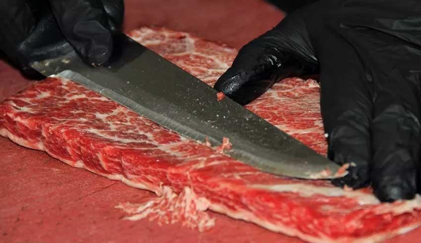 İzmir'de satılan 1200 Dolarlık et için Katar'dan gelen bile var!