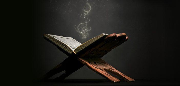 Kalem Suresi 10. Ayet Meali, Arapça Yazılışı, Anlamı ve Tefsiri