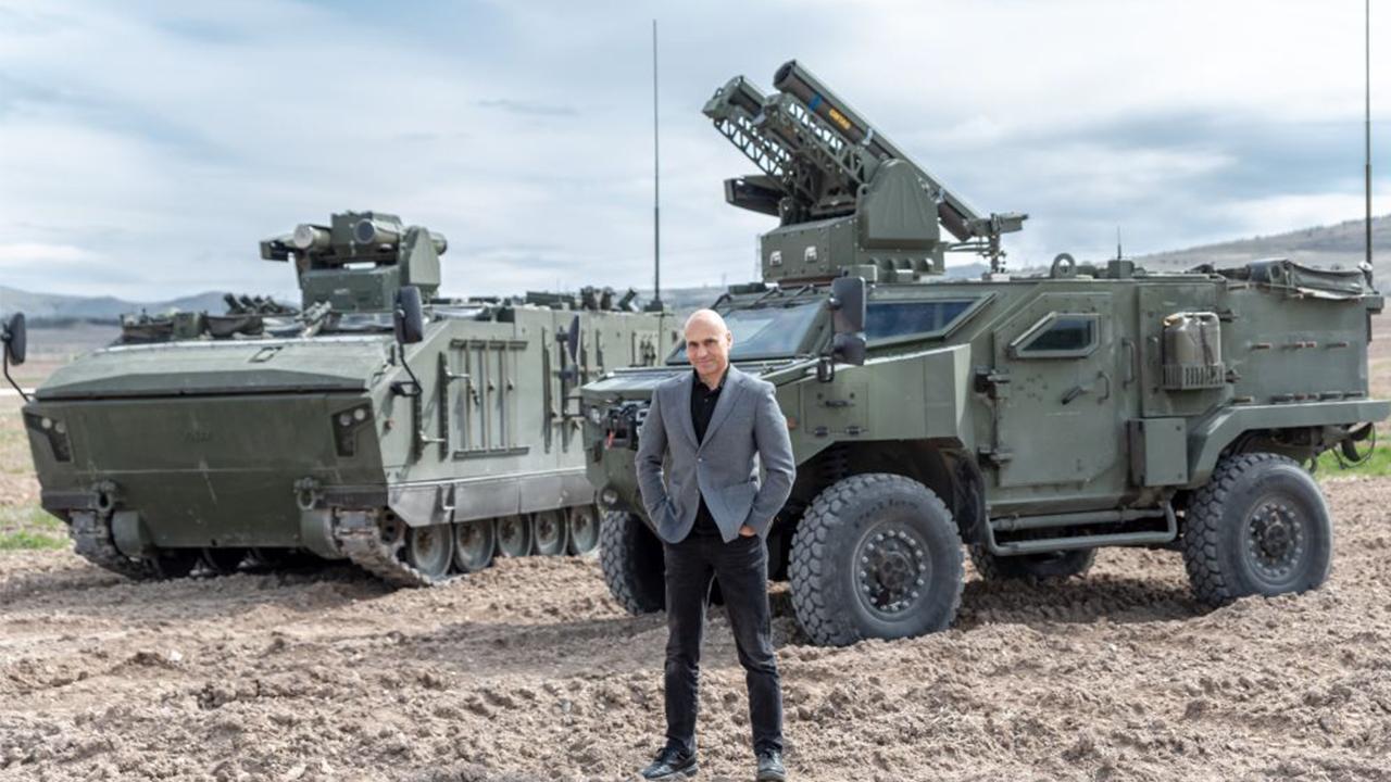 KAPLAN STA, Altay tanklarını aratmayacak! Silah Taşıyıcı Araçlar (STA) projesi kapsamında, üzerinden Kornet veya OMTAS atılabilen paletli KAPLAN...