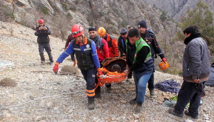 Karaman'da bir kişi avlanırken uçurumdan düştü, 22 saatlik operasyonla kurtarıldı