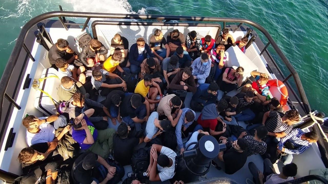 Kayıtsız göçmenler toplanacak