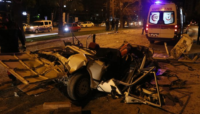 Lüks otomobiliyle yarış yapan sürücü dehşet saçtı: Ölü ve yaralılar var