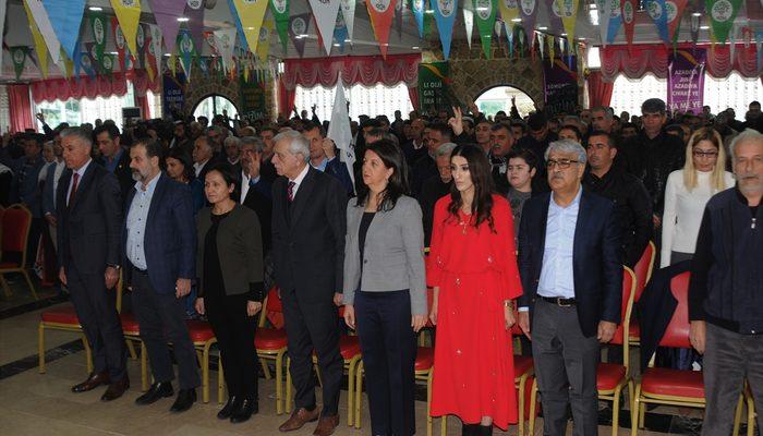 Mardin'de HDP'nin aday tanıtımında, terör örgütünü öven marş okundu