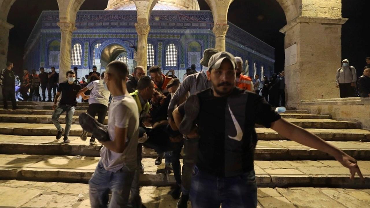 Mescid-i Aksa'da namaz kılan cemaate saldırıya ilişkin Türkiye'den tepkiler