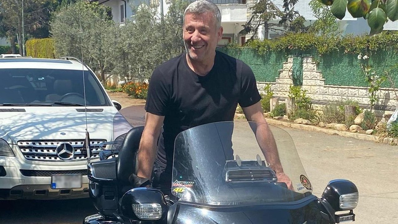 Metin Şentürk motosikletli pozuyla şaşırttı