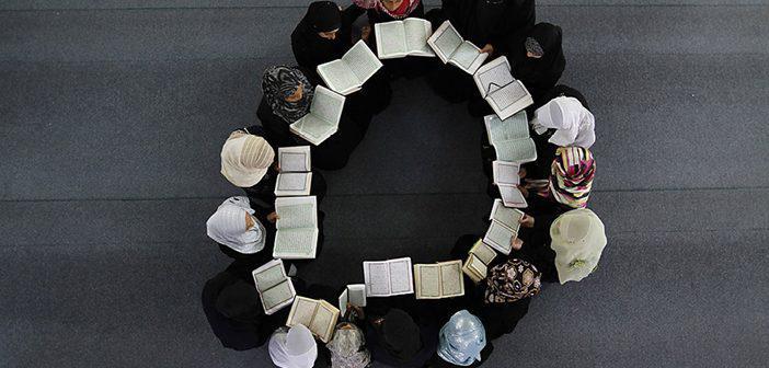 Mücâdele Suresi 12. Ayet Meali, Arapça Yazılışı, Anlamı ve Tefsiri