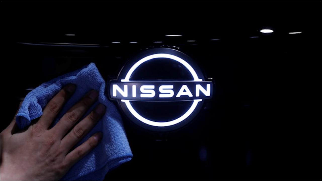 Nissan, Daimler ile yollarını ayırıyor Hem Nissan hem de Renault, endüstriyel ortaklıklarını güçlendirmek için yaklaşık on yıl önce Daimler...