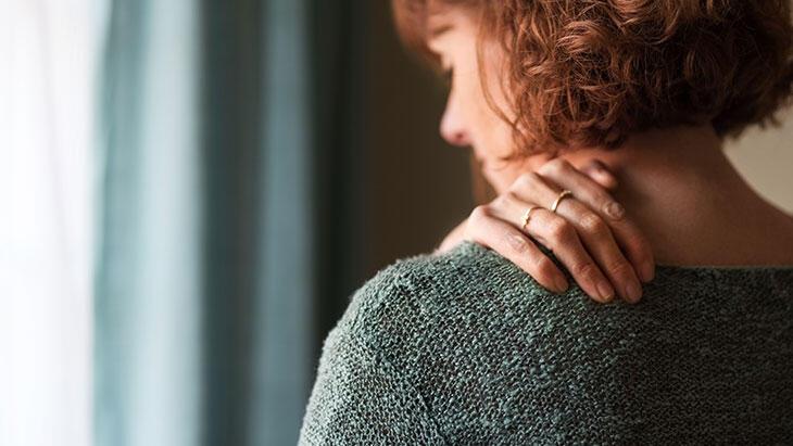 Omuz ağrısı nedenleri ve tedavisi
