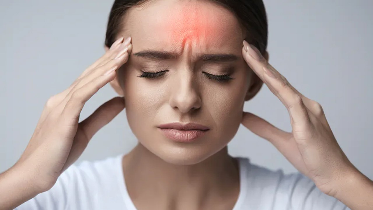 Oruçluyken baş ağrısını önlemenin yolları