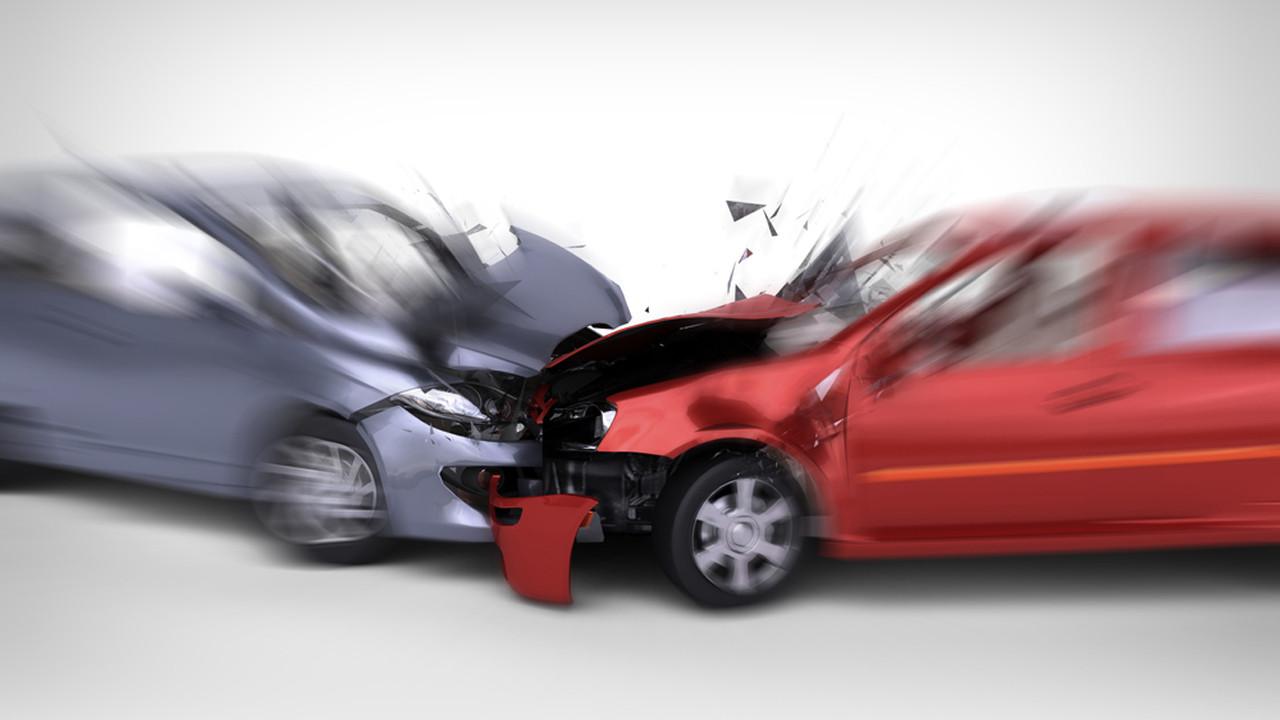 Otomobilin çarptığı talihsiz kadın hafızasını kaybetti!