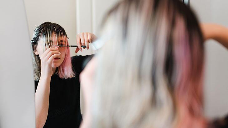 Pandemi döneminde kuaföre gitmeden saç işlemlerimizi nasıl yaparız?