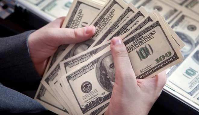 Petrol ve altın düşüşte, dolar yükselişte
