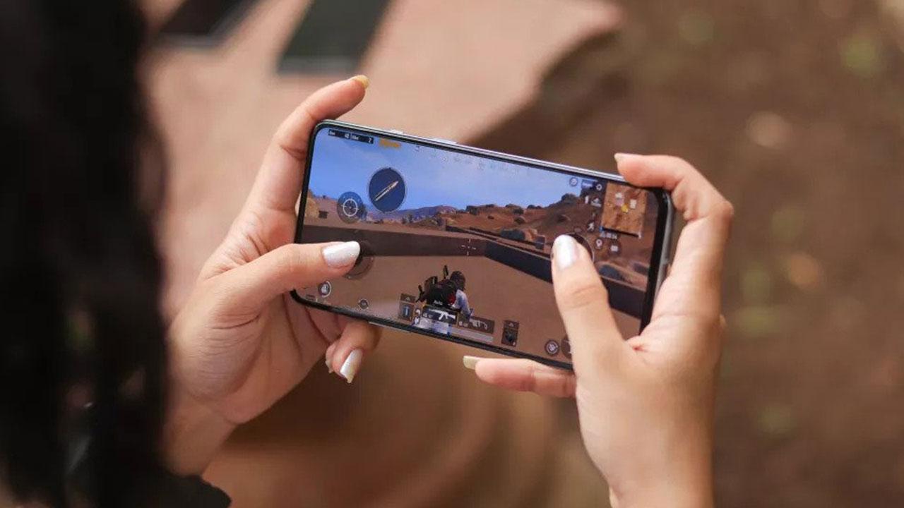 PUBG Mobile'dan Hindistan'da sosyal medya şoku PUBG Mobile India'nın lansmanı beklenirken, sebebi bilinmeyen bir sebepten şirket, gönderilerinin çoğunu...