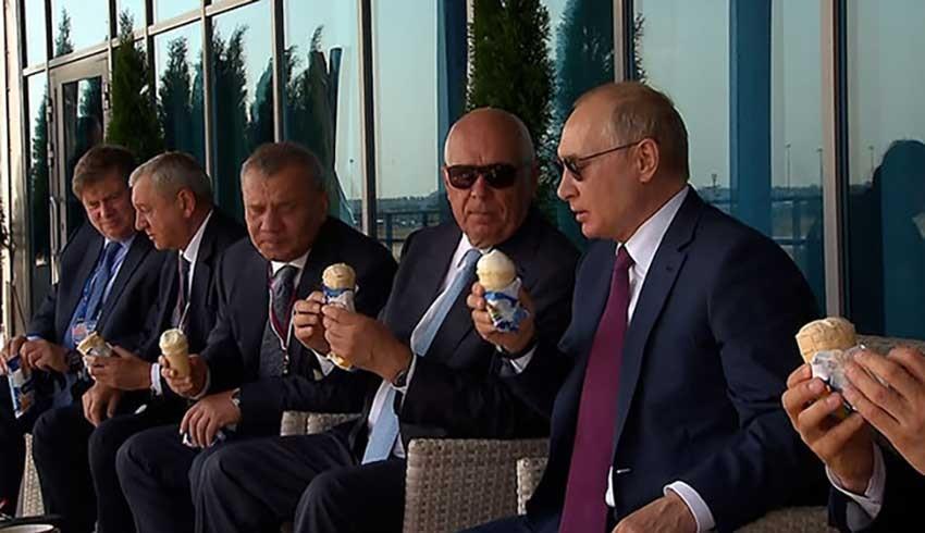 Putin, işi biliyor; dondurma ikram edip milyar dolarlık silah satıyor