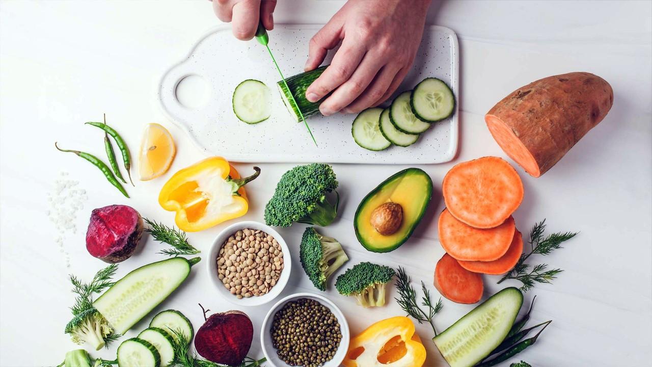 Sağlığımızı korumak için nasıl beslenmeliyiz?