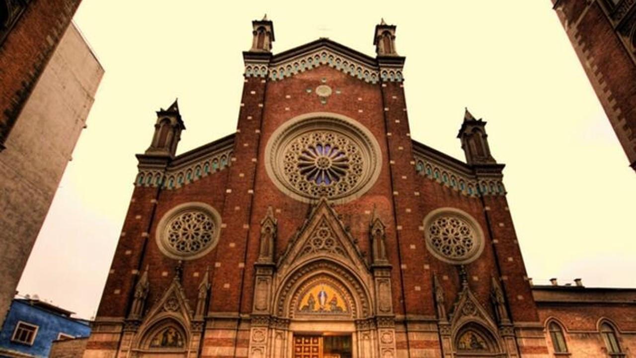 St. Antuan Kilisesi'ni satmaya çalıştılar!