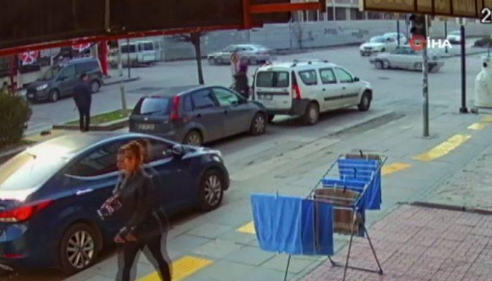 Sürücü dehşet saçtı! Önce arkadan çarptı, sonra tekme tokat saldırdı