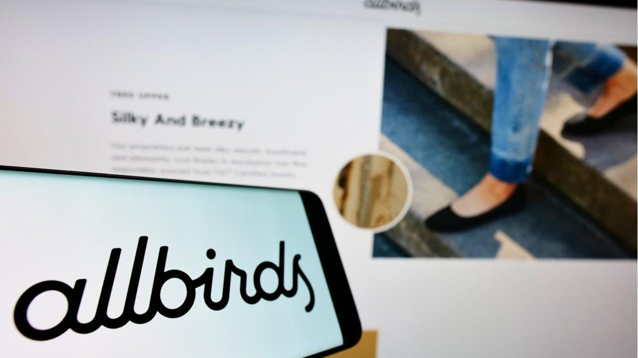 Sürüdürülebilir ayakkabı markası Allbirds, karbon ayak izi hesaplayıcısını diğer markalarla paylaşacak