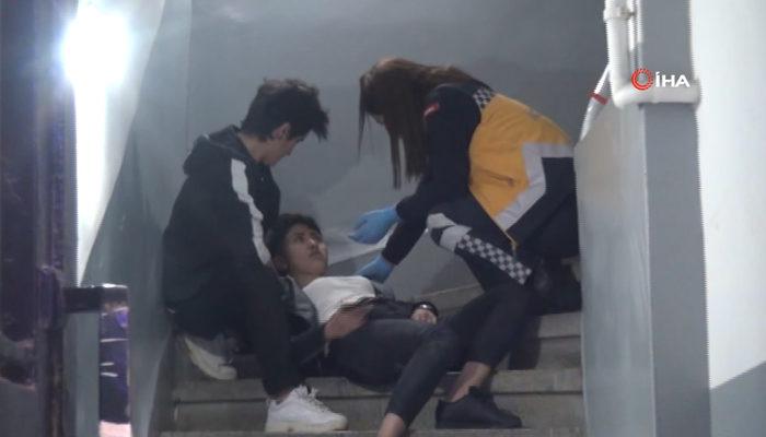 Taksim'de korkutan görüntü! 3 kişi zor taşıdı