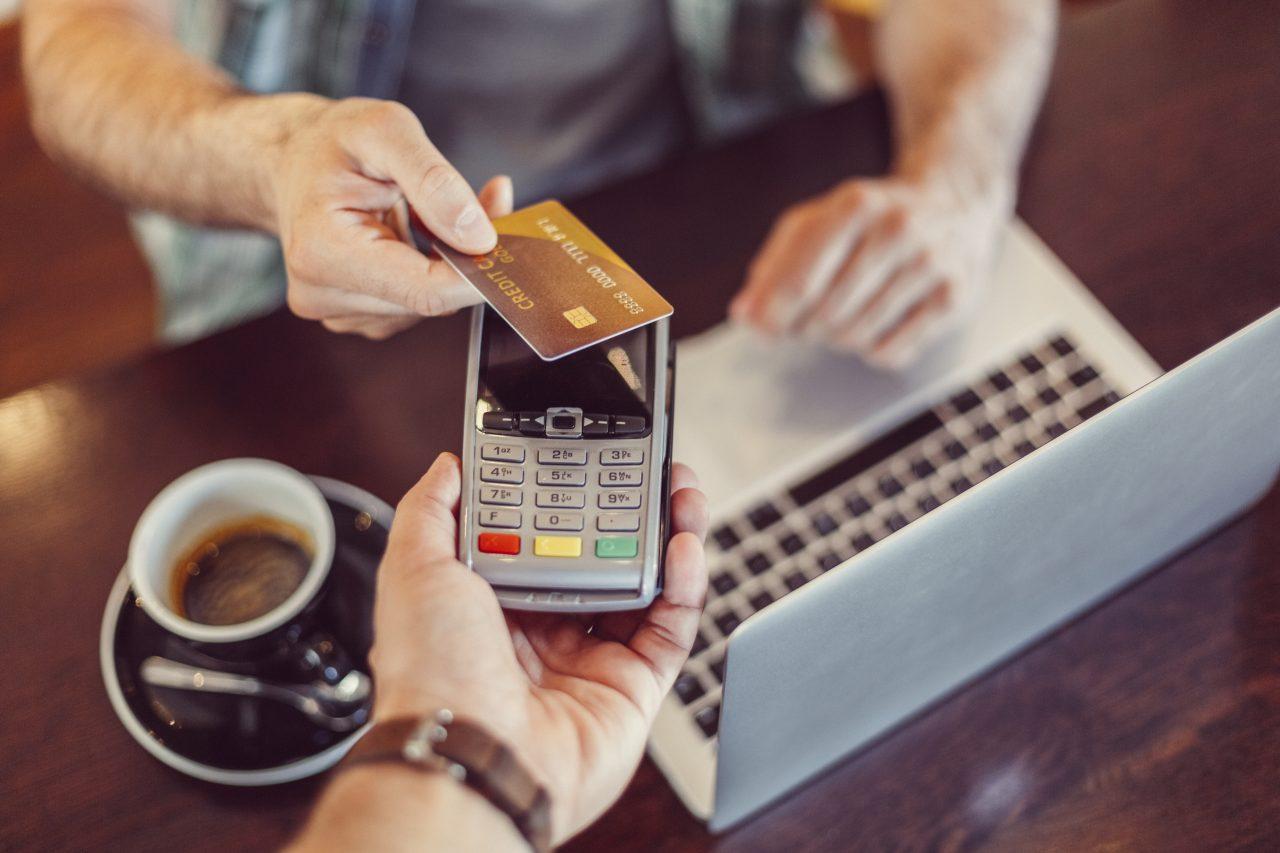 Temassız ödemelerde şifresiz işlem limiti artırıldı Bankalararası Kart Merkezi (BKM) yaptığı açıklamada hayatı kolaylaştıran ve temassız ödemelerdeki işlem...